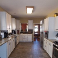Big Kitchen -Recently remodeled. Great storage and cooking space!